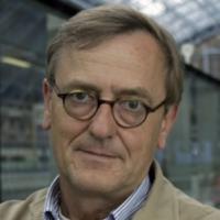 Professor Till Roenneberg