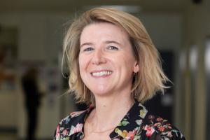 Dr. Inge Declercq